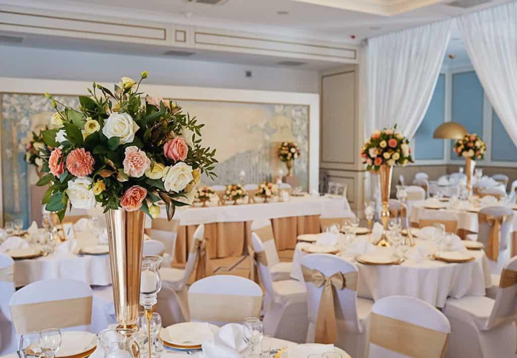 Ślub cywilny w plenerze oraz wesele w Pałacu Romantycznym. 005 romantyczny 4