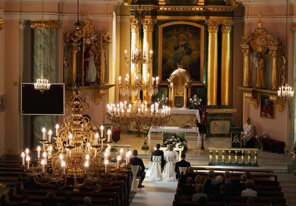Majówkowy ślub i przyjęcie weselne w sercu miasta. 006 maestra 4