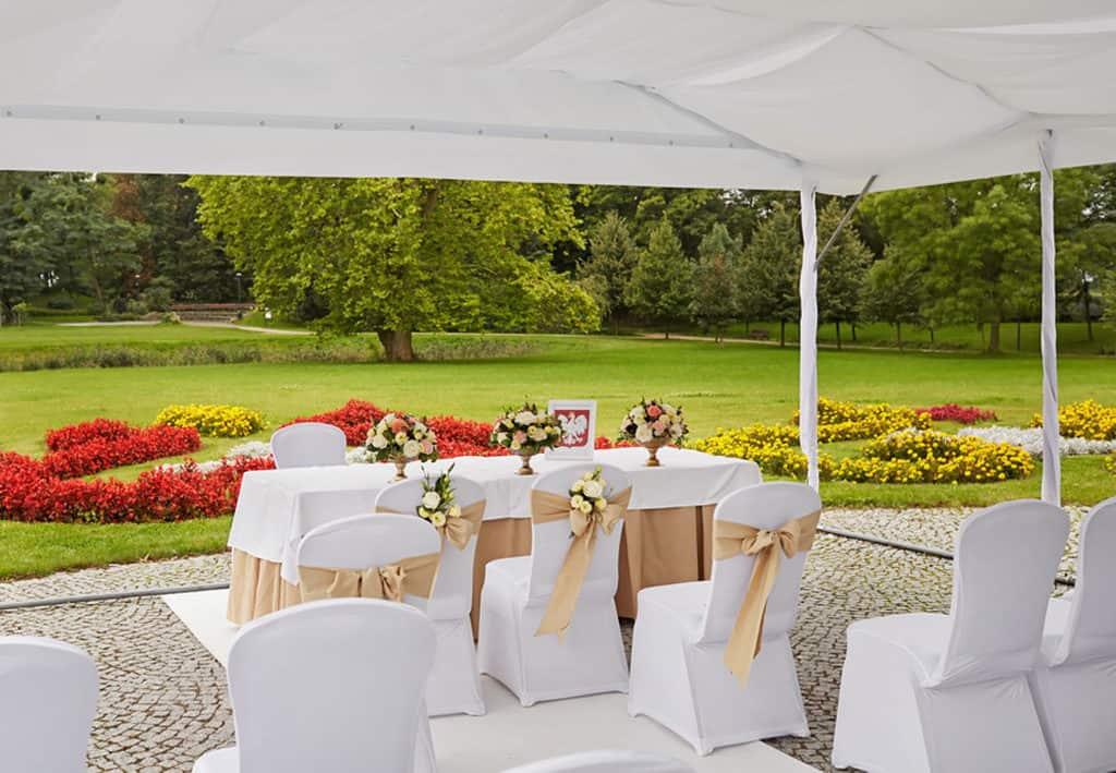 Ślub cywilny w plenerze oraz wesele w Pałacu Romantycznym. 016 romantyczny 8