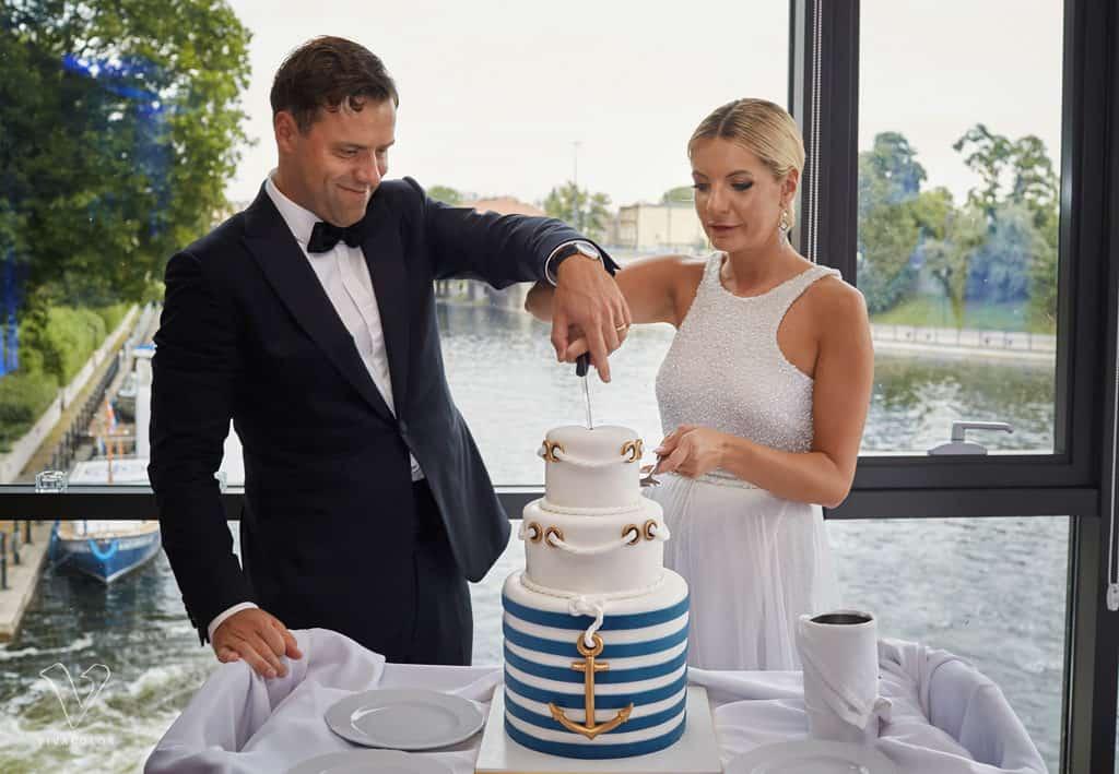 Eleganckie wesele z motywem marynistycznym. marina026 1 25