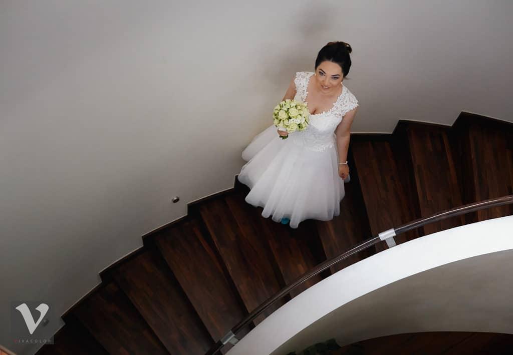Ślub w Bydgoskiej Farze, uroczystość w kolorach Tiffany Blue na weselu w Słonecznym Młynie. 005s onecznym yn 5
