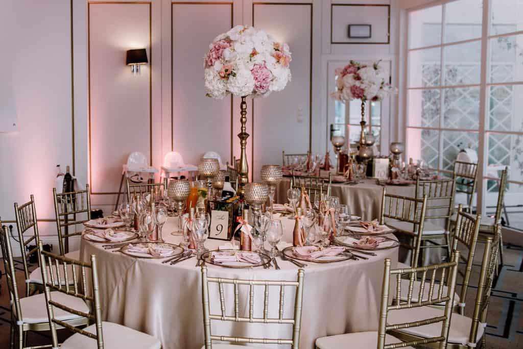 Plenerowy ślub kościelny w Pałacu Romantycznym 013 romantycznylavinci 16
