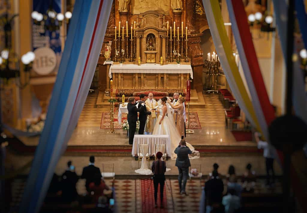 Międzynarodowy ślub i przyjęcie weselne w Sali Waniliowej u Sowy 013salawaniliowa 1 13