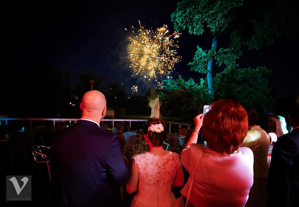 Ślub w Bydgoskiej Farze, uroczystość w kolorach Tiffany Blue na weselu w Słonecznym Młynie. 017s onecznym yn 17