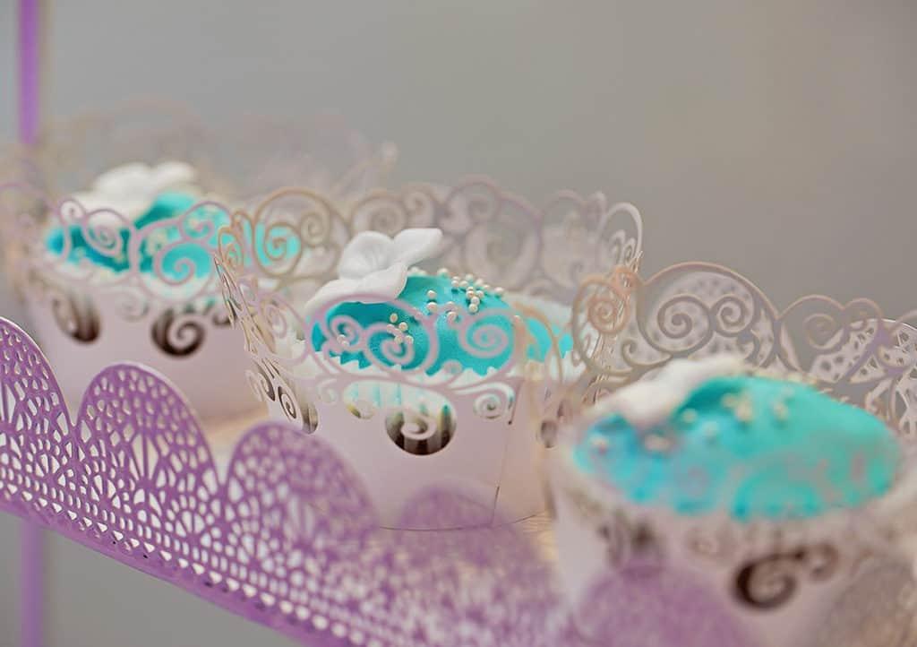 Ślub w Bydgoskiej Farze, uroczystość w kolorach Tiffany Blue na weselu w Słonecznym Młynie. 031s onecznym yn 31