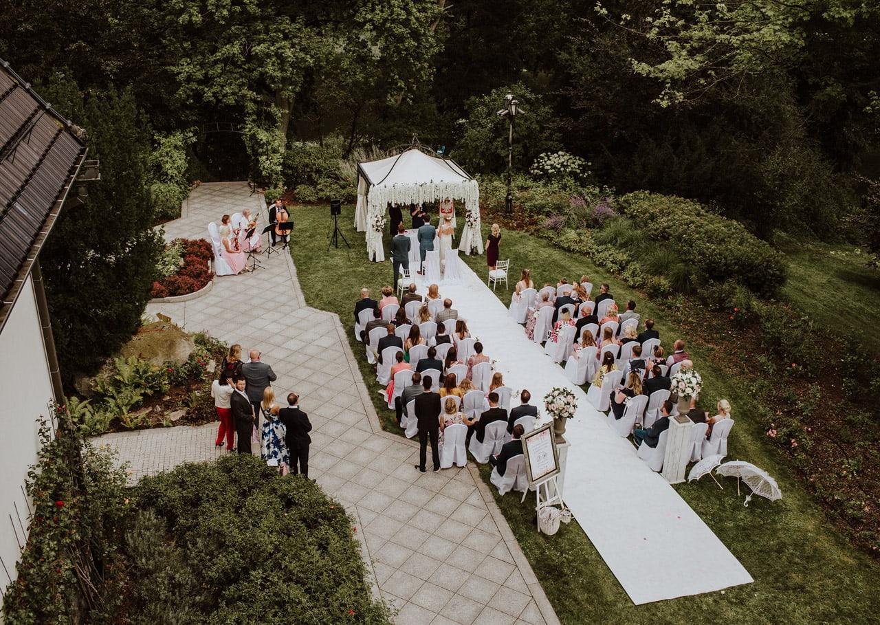 Jak zorganizować wesele w ogrodzie? 037 wesele w ogrodzie 12
