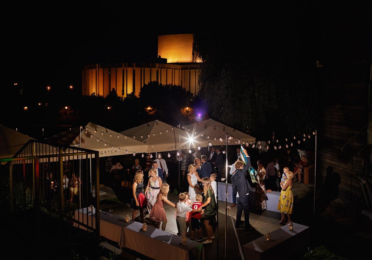 Jak zorganizować wesele w ogrodzie? 044 wesele w ogrodzie 19